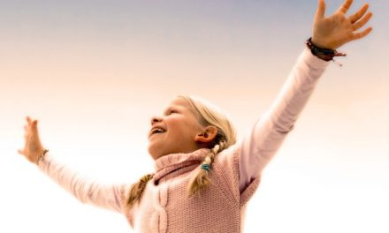 Tabagismo dos pais afeta saúde cognitiva dos filhos na vida adulta