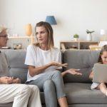 Quase metade dos pais relata ter desentendimentos com os avós das crianças