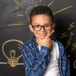 Crianças usam ambos os hemisférios do cérebro para compreender a linguagem