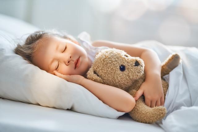 Quantas horas o seu filho precisa de dormir