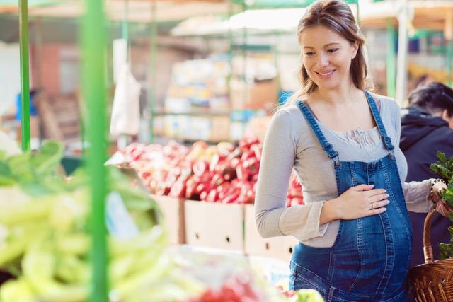 Níveis de vitamina D durante a gravidez favorecem desenvolvimento cognitivo da criança