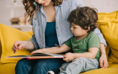 Uso continuado de ecrãs diminui tempo de leitura em família