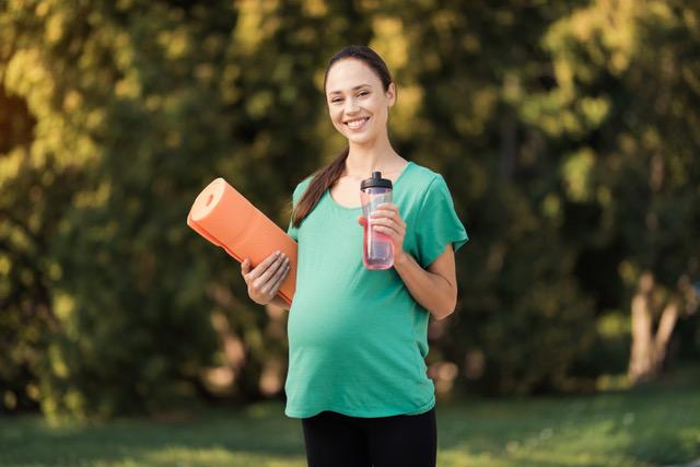 Exercício na gravidez ajuda bebés a prevenir problemas respiratórios